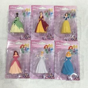 Other - Set of 6 Disney Figurine!